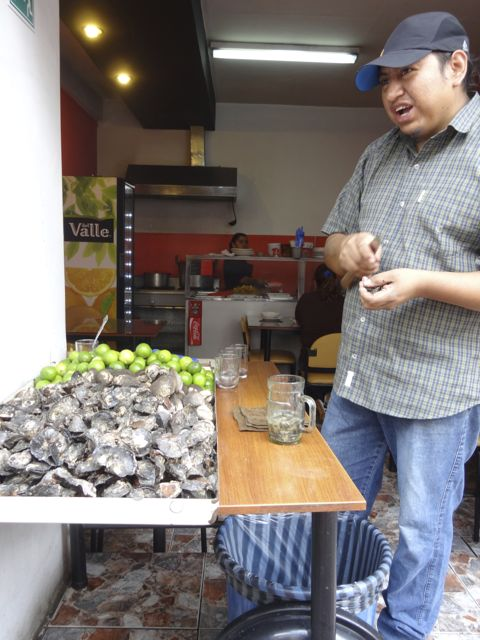 street food oysters in Quito