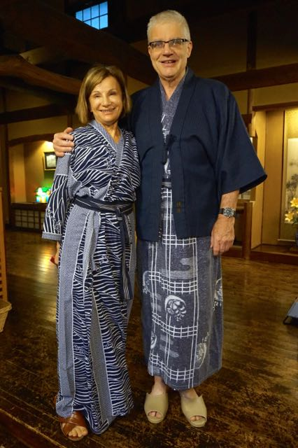 couple wearing yucata